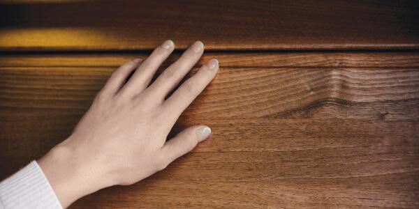 Bezpečné panely proti přivření prstů